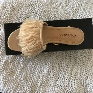 Zigi soho Taylah Ostrich Feather Sandals